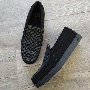 DC Shoes   slip ons